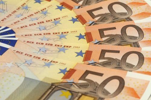 Dienas Bizness: 50 eiro minimālais nodoklis valsts budžetam dos miljonus