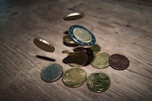 Daudziem uzņēmumiem ilglaicīgi nodokļu parādi, kuru apmērs pārsniedz 1000 eiro