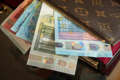 Pagājušajā nedēļā Debitoru portfelī reģistrēti 175 jauni parādi. Vai to vidū ir arī tavi klienti?