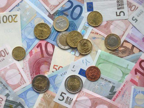 """Dienas bizness: Uzņēmēji vērtē banku """"kapitālo remontu"""""""