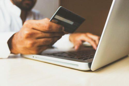Kā Lursoft risinājumi palīdz uzlabot tirdzniecību tiešsaistē