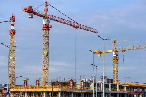 Iespējamajā būvniecības kartelī iesaistīto uzņēmumu apgrozījums 2019.gadā – 448,47 milj. EUR, 2018.gadā – 513,39 milj. EUR